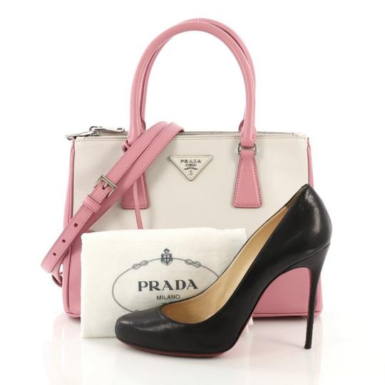Prada Leather Tote in pink and white Image 1