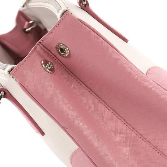 Prada Leather Tote in pink and white Image 6