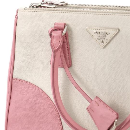 Prada Leather Tote in pink and white Image 7