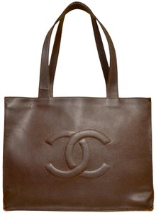 Chanel Shopper Shoulder Tote in Brown