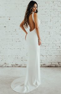 Katie May Ivory Jean and Noel Paloma Plunge Back Crepe Trumpet Gown Modern Wedding Dress Size 6 (S)