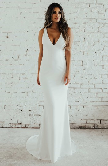 Katie May Ivory Jean and Noel Paloma Plunge Back Crepe Trumpet Gown Modern Wedding Dress Size 6 (S) Image 3