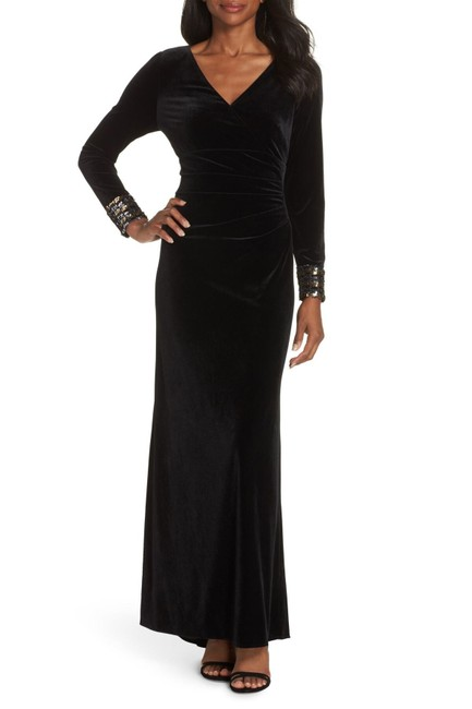 Vince Camuto Black Embellished Cuff Stretch Velvet Gown