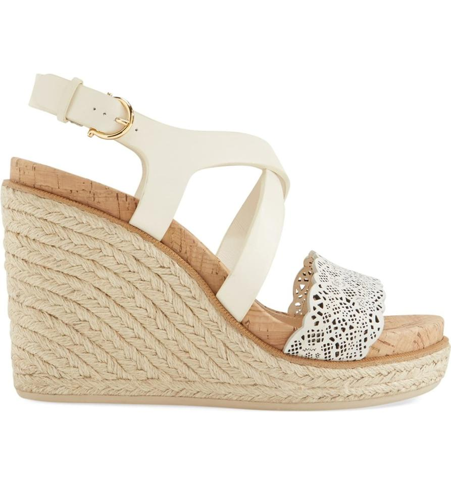 91305d784 Salvatore Ferragamo White Playform Wedge Gioela Ivory Sandals Image 8.  123456789. 1 ∕ 9