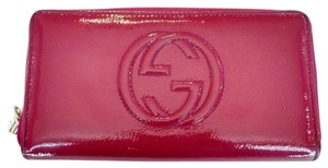 Gucci Gucci Soho Magenta Pink Patent Leather Zip Around Wallet
