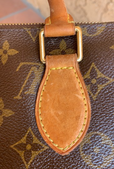 Louis Vuitton Satchel in brown. Image 3
