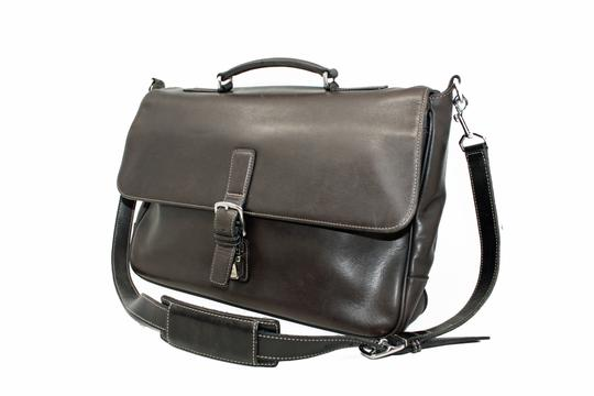 Preload https://img-static.tradesy.com/item/25613904/coach-unisex-briefcase-brown-cowhide-leather-laptop-bag-0-1-540-540.jpg