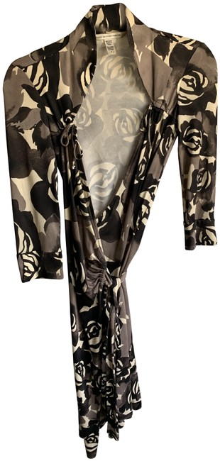 Item - Multicolor Dvf Classic Wrap In Floral Pattern Mid-length Cocktail Dress Size 0 (XS)