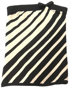bebe Top Black and Ivory