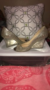 Jimmy Choo Silver Glitter Peep Toe Wedge Pumps Size US 5.5 Regular (M, B)
