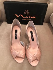 Nina Peach Coluver Formal Size US 6.5 Narrow (Aa, N)