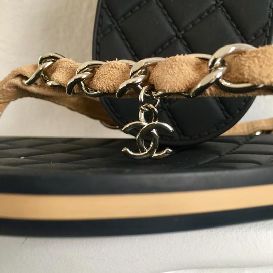 Chanel classic tax-free chain link Image 9