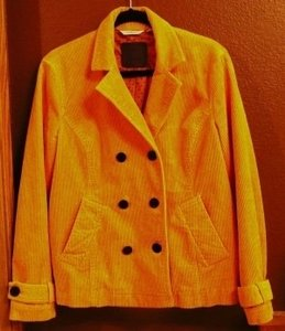 Liz Claiborne Stylish Figure Flattering Jacket. Size 14/16 Extra Large. Canary Yellow Blazer