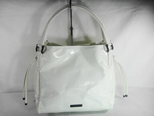 Burberry Tote in White Image 11