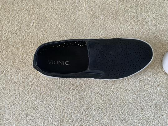Vionic Athletic Image 2