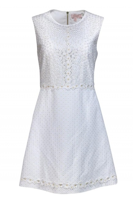 Preload https://img-static.tradesy.com/item/25618381/ted-baker-white-short-casual-dress-size-8-m-0-0-650-650.jpg