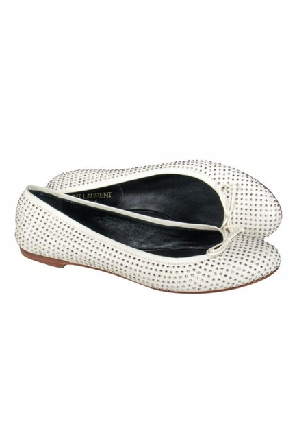 Item - Flats Size US 7.0 Regular (M, B)