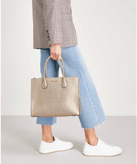 Michael Kors Tote in Pale Gold Image 3