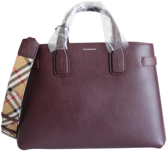 Preload https://img-static.tradesy.com/item/25618544/burberry-banner-medium-mahogany-red-brown-leather-satchel-0-1-540-540.jpg