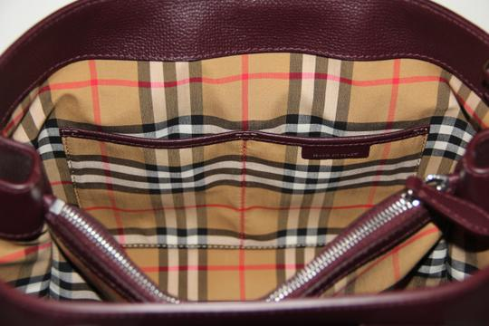 Burberry Banner Vintage Check Mahogany Red Satchel in Brown Image 10