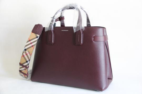 Burberry Banner Vintage Check Mahogany Red Satchel in Brown Image 2