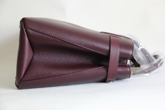 Burberry Banner Vintage Check Mahogany Red Satchel in Brown Image 5