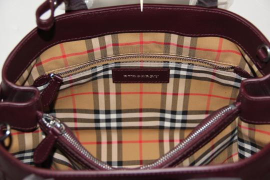 Burberry Banner Vintage Check Mahogany Red Satchel in Brown Image 9
