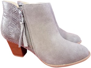 Vionic Orthaheel Woman Ankle Woman Size 9.5 BEIGE Boots