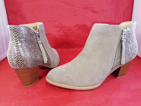 Vionic Orthaheel Woman Ankle Woman Size 9.5 BEIGE Boots Image 4