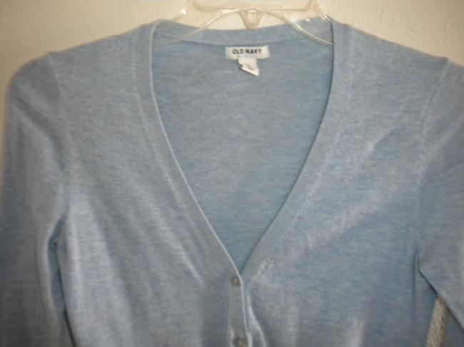 Old Navy Light Weight V Neck Button Front 3/4 Sleeve Sweater Image 1