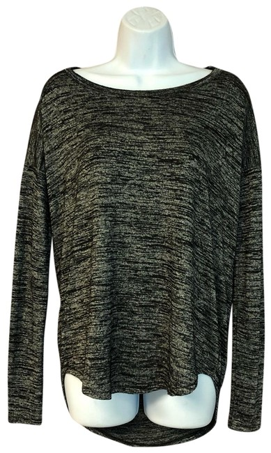 Preload https://img-static.tradesy.com/item/25618679/rag-and-bone-gray-xs-cut-out-back-knit-blouse-size-2-xs-0-2-650-650.jpg