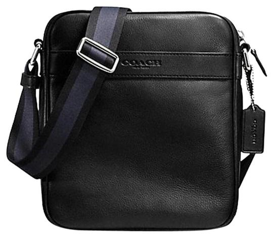 Preload https://img-static.tradesy.com/item/25618819/coach-flight-black-cowhide-leather-cross-body-bag-0-1-540-540.jpg