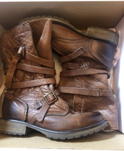 Steve Madden Faux Leather brown Boots