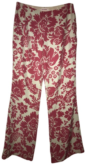 Preload https://img-static.tradesy.com/item/25619004/new-frontier-pink-and-shell-off-white-garden-pants-size-2-xs-26-0-3-650-650.jpg
