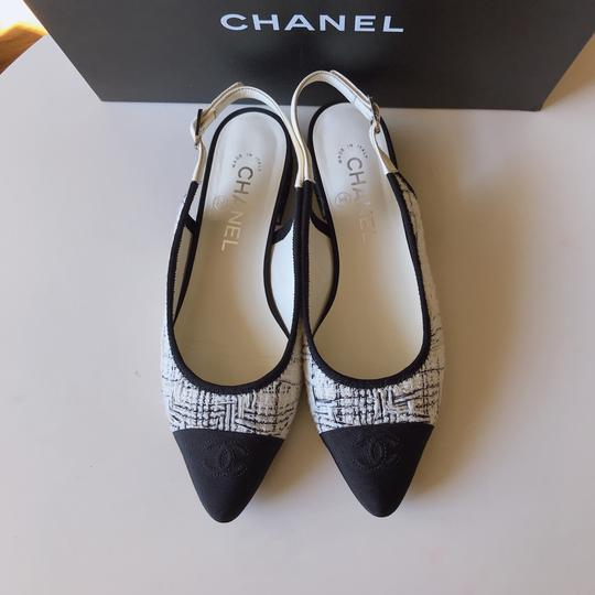 Chanel Slingback Ballet Tweed Tweed Grey Black White Flats Image 2