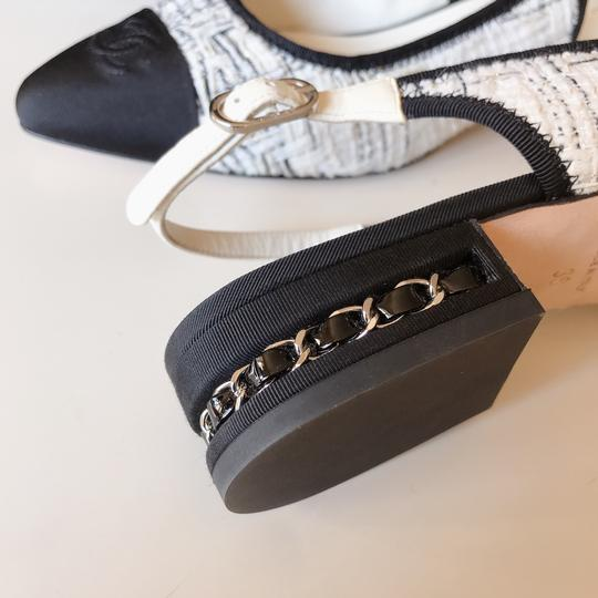 Chanel Slingback Ballet Tweed Tweed Grey Black White Flats Image 3