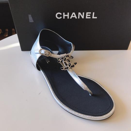 Chanel Thong Slide Mule Flat Silver Black Sandals Image 3