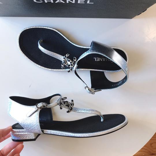 Chanel Thong Slide Mule Flat Silver Black Sandals Image 4