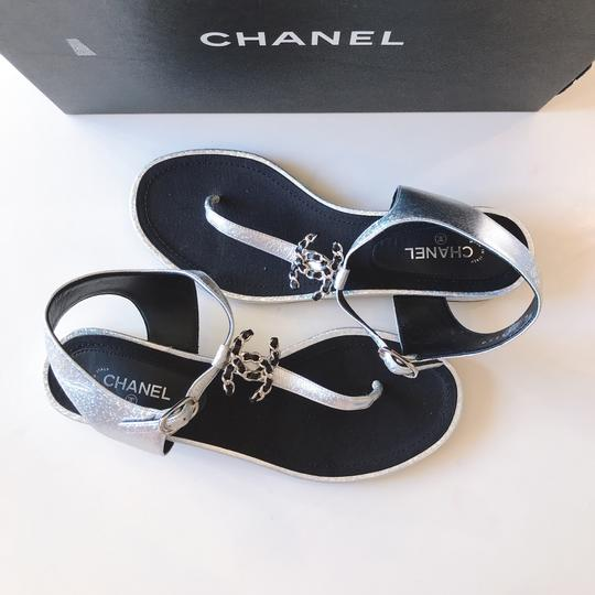 Chanel Thong Slide Mule Flat Silver Black Sandals Image 7