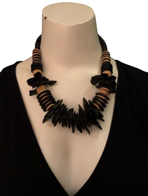 Item - Black and Camel African Looking Necklace