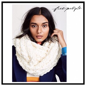 Free People FREE PEOPLE CHUNKY KNIT INFINITY OVERSIZED SCARF
