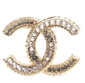 5d08ab3bb0a50 Chanel RARE CC Multicolor crystals gold textured hardware brooch pin charm
