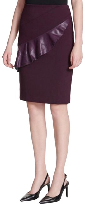 Item - Purple Pencil Cut with Ruffle Skirt Size 8 (M, 29, 30)