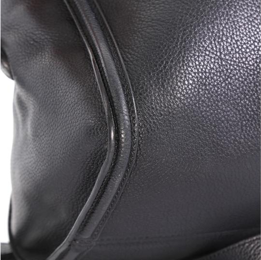 Alexander McQueen Leather Tote in black Image 6