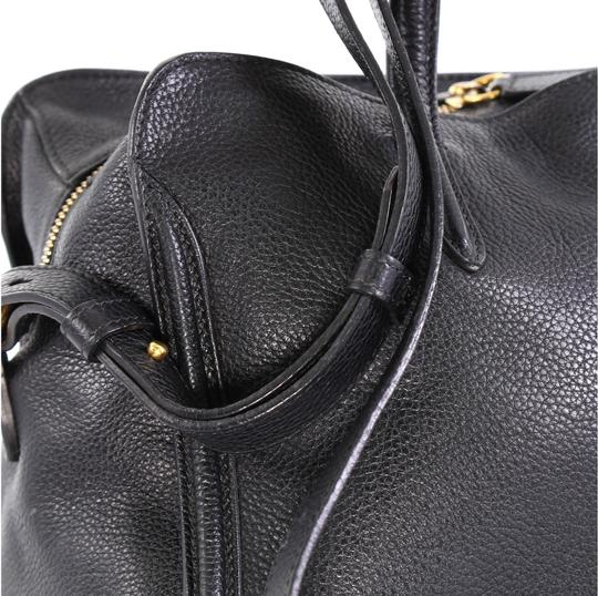 Alexander McQueen Leather Tote in black Image 7