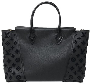 Louis Vuitton W W Limited Edition W W Cashmere Satchel in Black