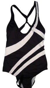 Kenneth Cole ONE PIECE