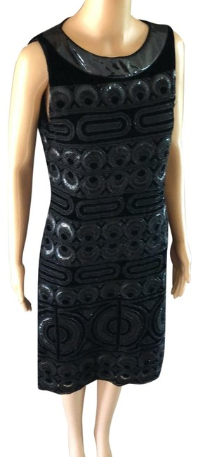 Item - Black Mid-length Night Out Dress Size 8 (M)