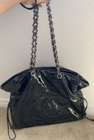 Chanel Hobo Bag Image 9
