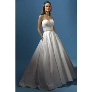 Alfred Angelo White Style 2119 Modern Wedding Dress Size 12 (L)